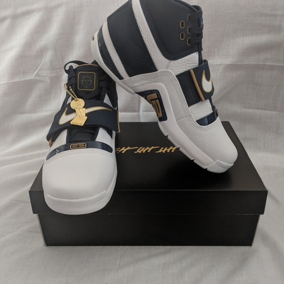 the latest fe553 25fc8 Nike LeBron Soldier 1 25 straight NWT